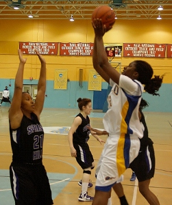 Freshman Alisha Drayton led SUNO in points (16) and rebounds (9) in the win over Spring Hill