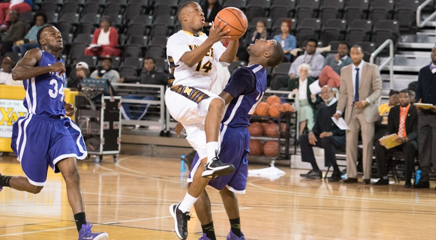 Morris Wright scored a season-high 24 points as Xavier pulled away from Wiley College 84-70.