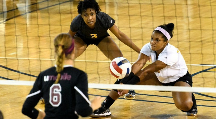 Photo for Nuggets lose in 4 sets; Perry sets XULA season record