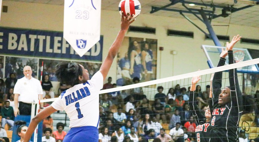 Junior Shelby Stewart led all players with 21 kills in the season opener vs. WCU.